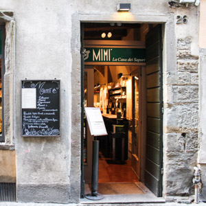 Mimì entrance, restaurant in the Upper Town